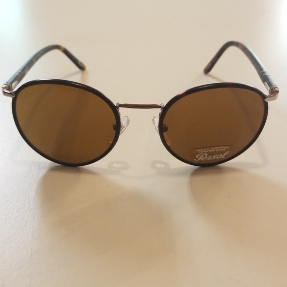 38e382a87bdaa Brand new Persol 2422 Round brown havana 51mm